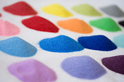 Цветной песок окрашенный